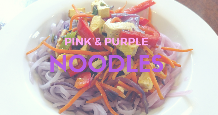 Using Cabbage to dye noodles