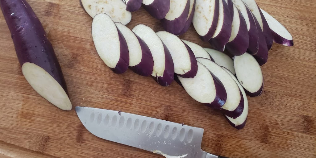 Cut eggplant diagnolly